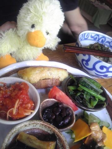 アサンテサーナカフェの日替わり雑穀プレート